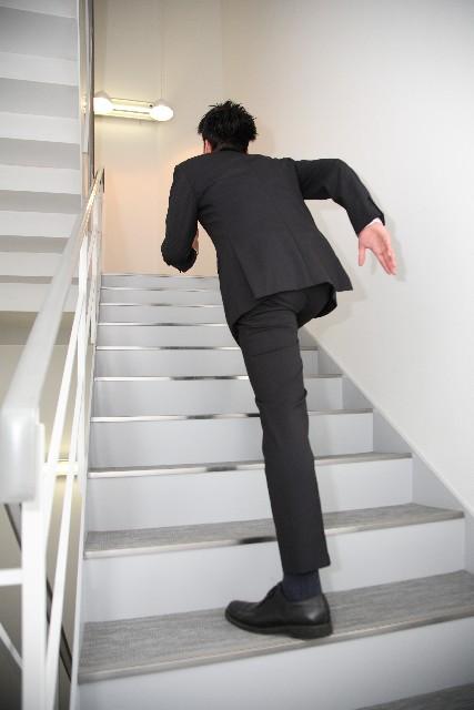 TPS 走る 男