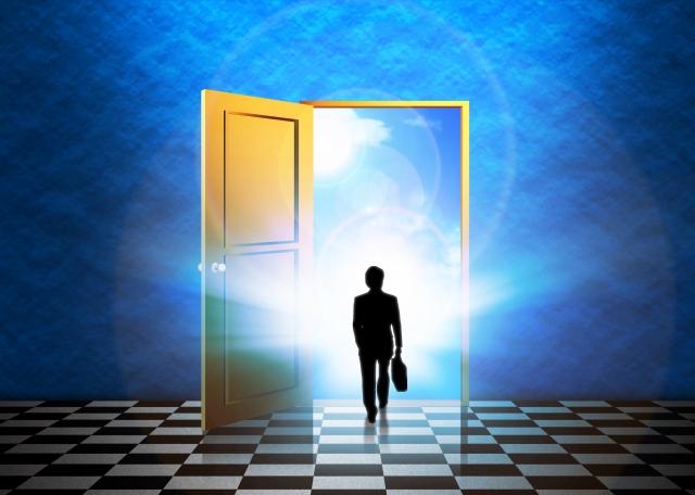 未来 ドア