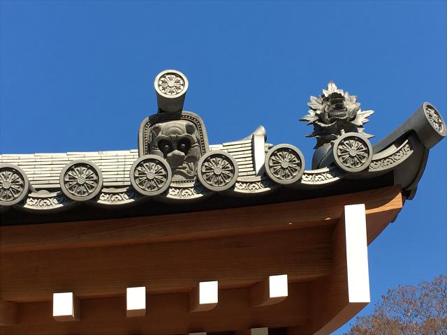 お寺 鬼瓦