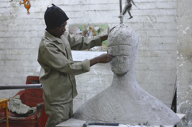 粘土 形を作る