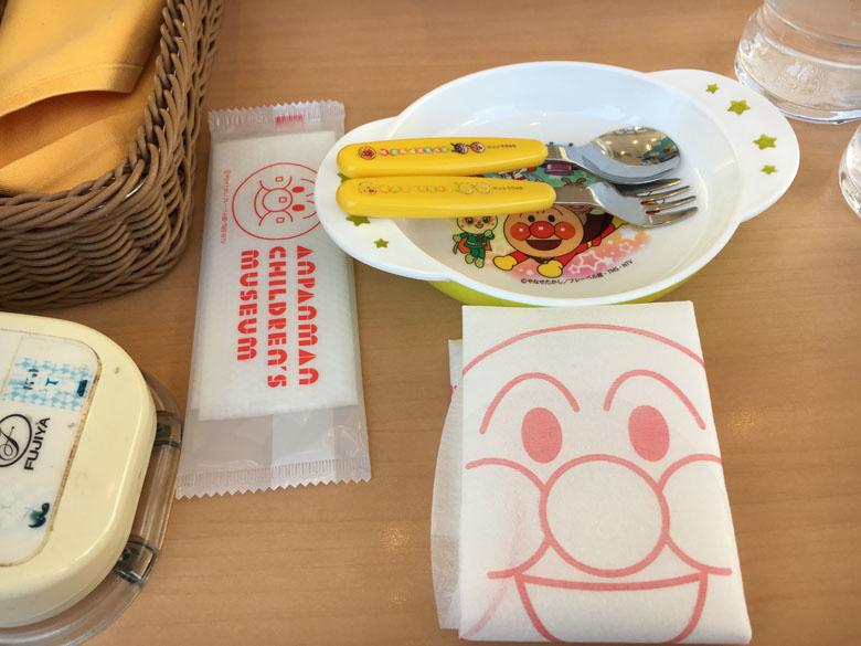 アンパンマンミュージアム レストラン 食器